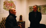 Traian Orban, preşedintele Memorialului Revoluţiei, şi Andreas von Mettenheim, ambasadorul Germaniei la Bucureşti în sala monumentelor de la Memorial